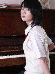 日本清纯性感短发美女三井麻由美臀湿身诱惑